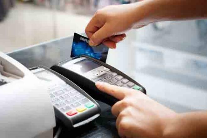 बैंकिंग लेनदेन से पकड़ेंगे टैक्स वसूलने वाले विभाग
